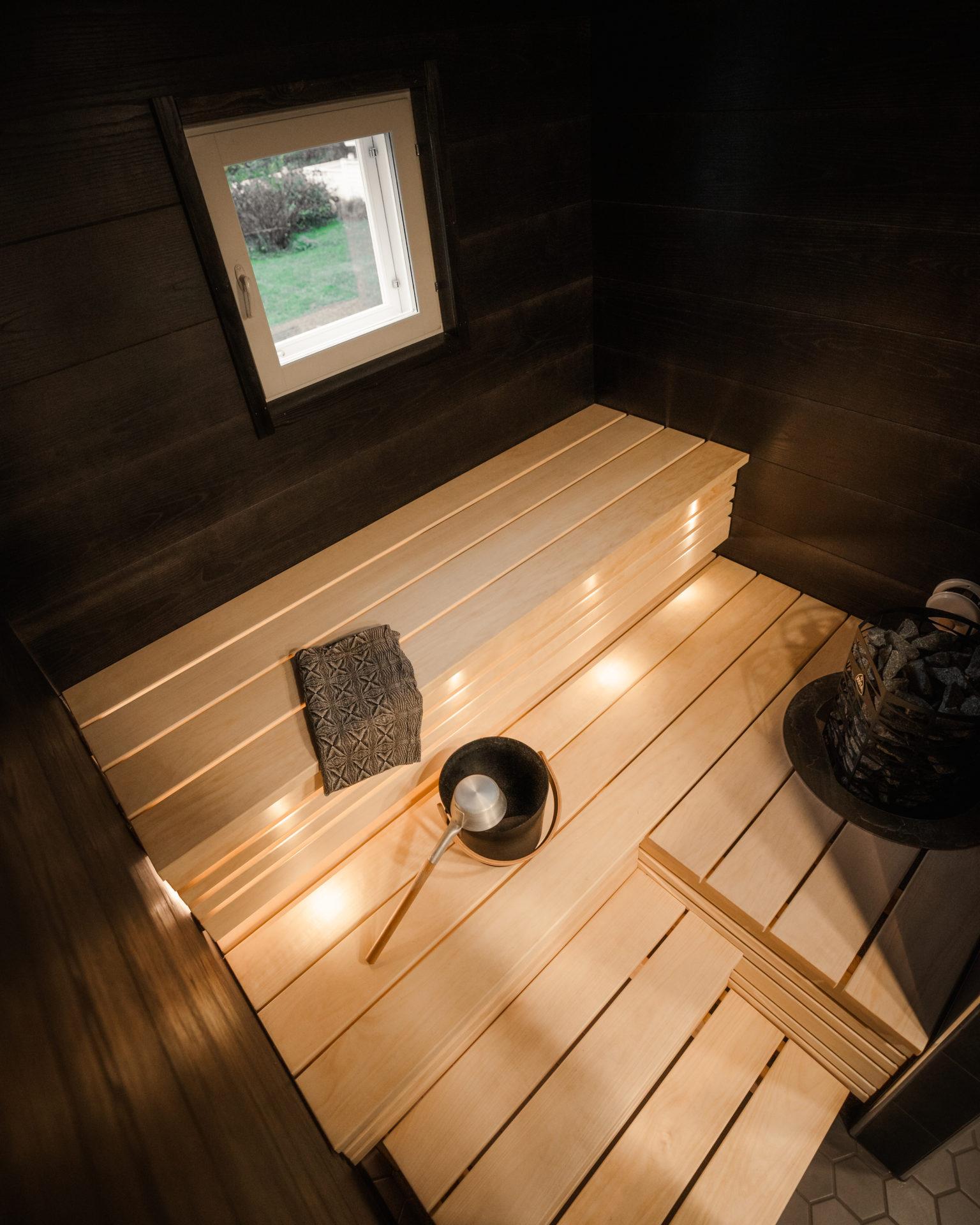 karelia puutec sauna bench